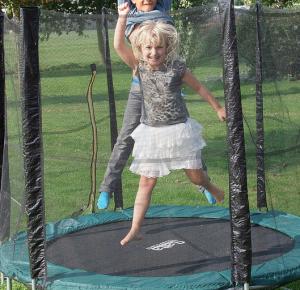 trampolin_mit_netz